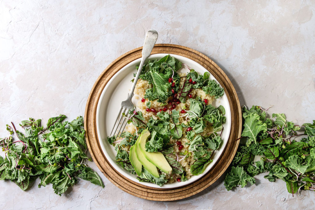 ¿Qué es el Kale? Conoce los beneficios y propiedades de este súperalimento